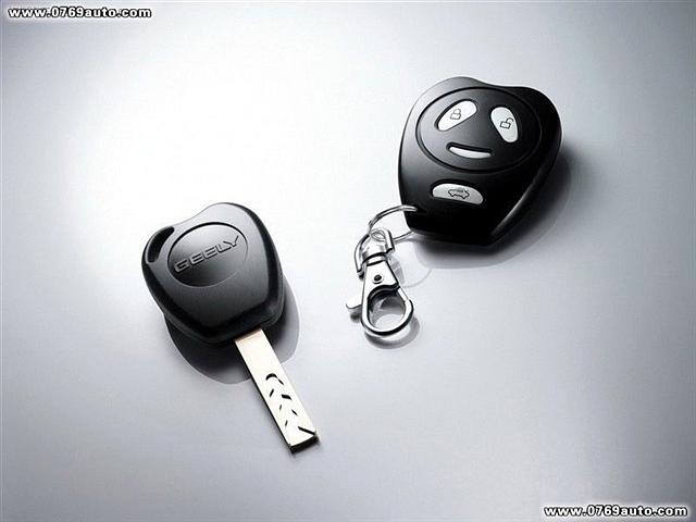 警.另外,熊猫的钥匙也很特别,内齿形钥匙不能复制.   另外,熊猫